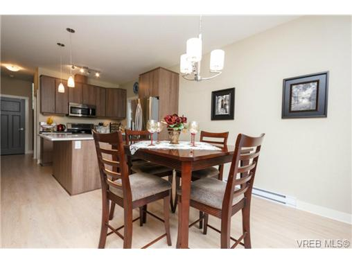 Photo 7: 1047 Braeburn Avenue in VICTORIA: La Happy Valley Single Family Detached for sale (Langford)  : MLS(r) # 343643