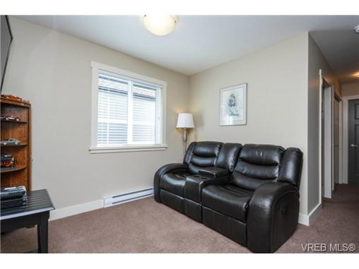Photo 11: 1047 Braeburn Avenue in VICTORIA: La Happy Valley Single Family Detached for sale (Langford)  : MLS(r) # 343643