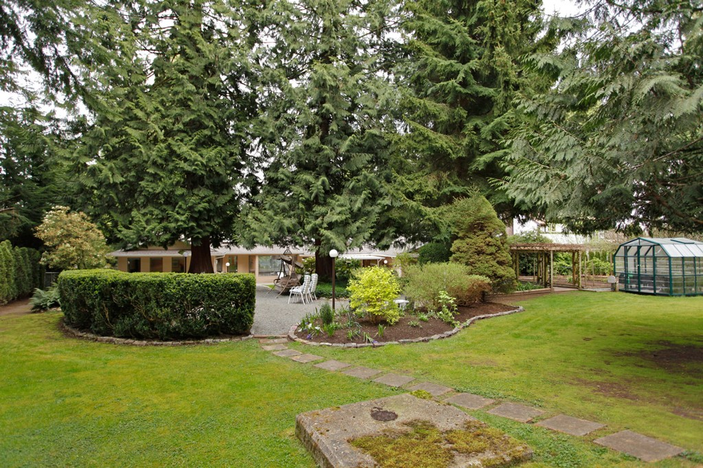 Photo 38: 20556 GRADE Crescent in Langley: Langley City House for sale : MLS® # F1436559