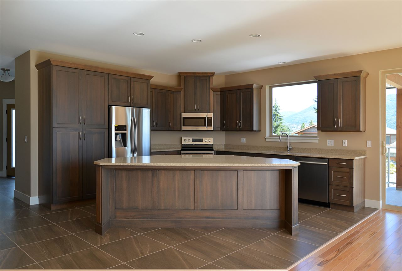 Photo 5: Photos: 5769 TURNSTONE Drive in Sechelt: Sechelt District House for sale (Sunshine Coast)  : MLS®# R2049871