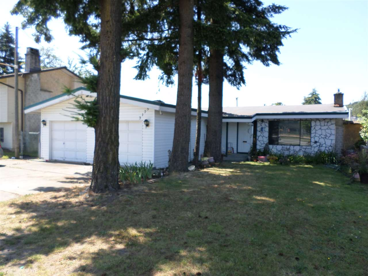Main Photo: 3175 CLEARBROOK Road in Abbotsford: Abbotsford West House for sale : MLS® # R2085563