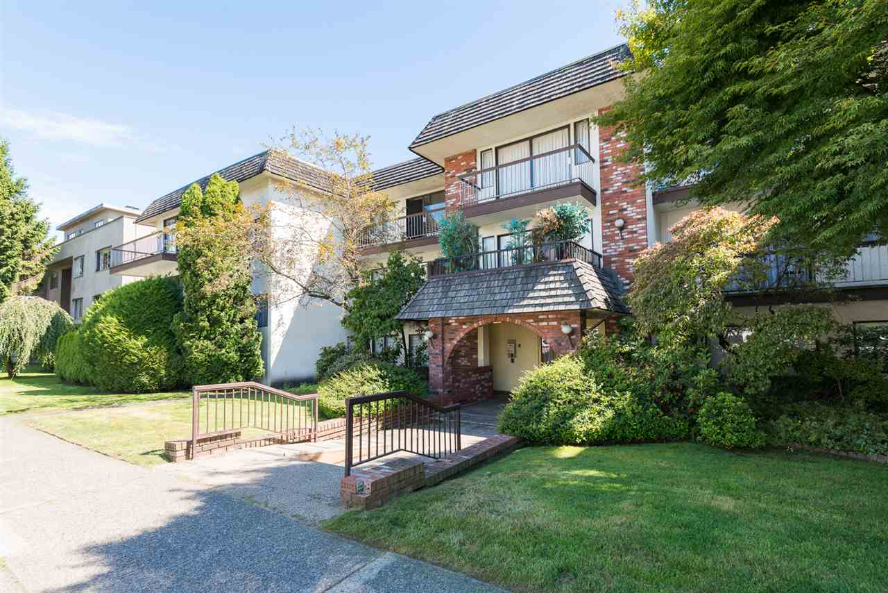 "Photo 14: 210 2040 CORNWALL Avenue in Vancouver: Kitsilano Condo for sale in ""Bryanston Court"" (Vancouver West)  : MLS(r) # R2092141"