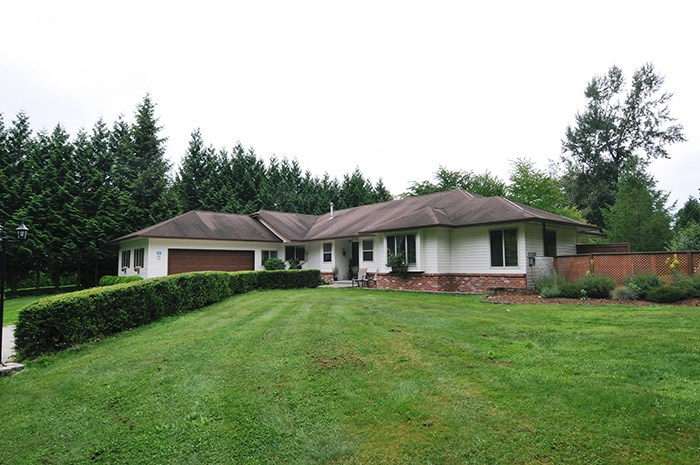 Main Photo: 8053 WATKINS Terrace in Mission: Mission BC House for sale : MLS® # R2096581