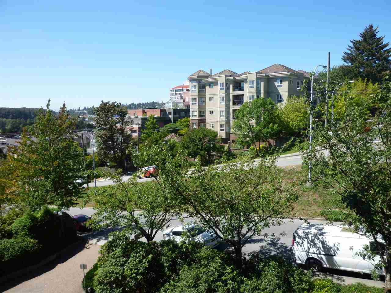 Photo 11: 402 1026 QUEENS Avenue in New Westminster: Uptown NW Condo for sale : MLS(r) # R2104067
