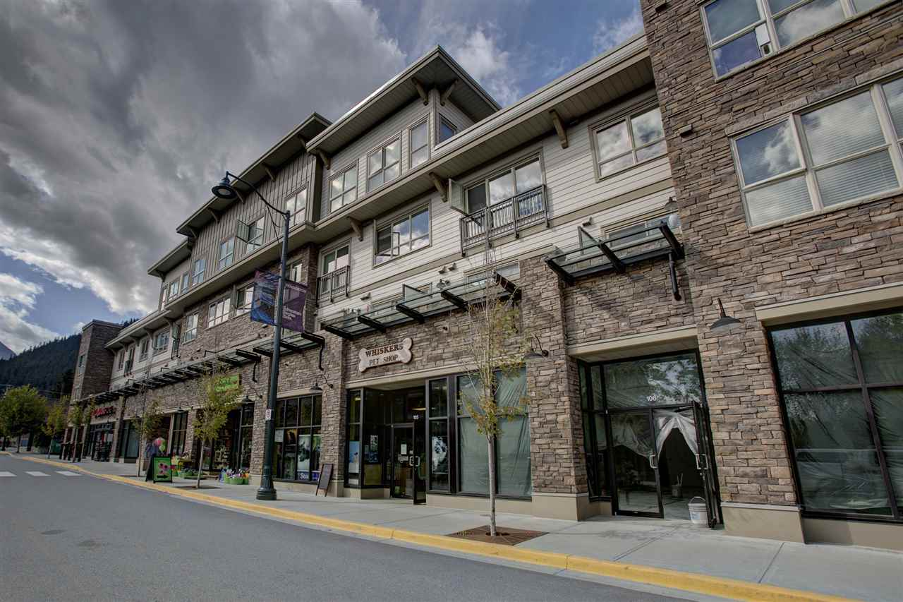 "Photo 17: 204 7445 FRONTIER Street: Pemberton Condo for sale in ""Elements"" : MLS(r) # R2107404"