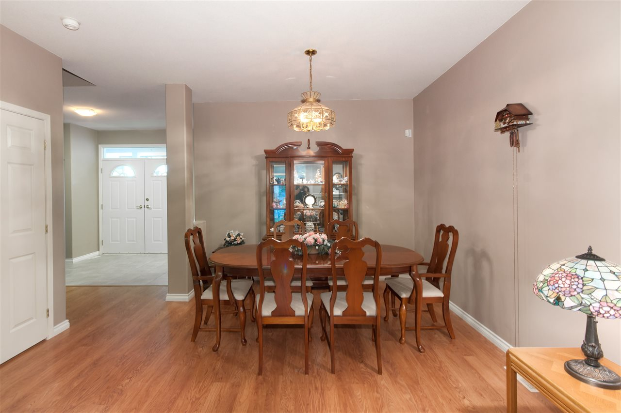 "Photo 4: 10 1506 EAGLE MOUNTAIN Drive in Coquitlam: Westwood Plateau Townhouse for sale in ""RIVER ROCK"" : MLS® # R2115721"