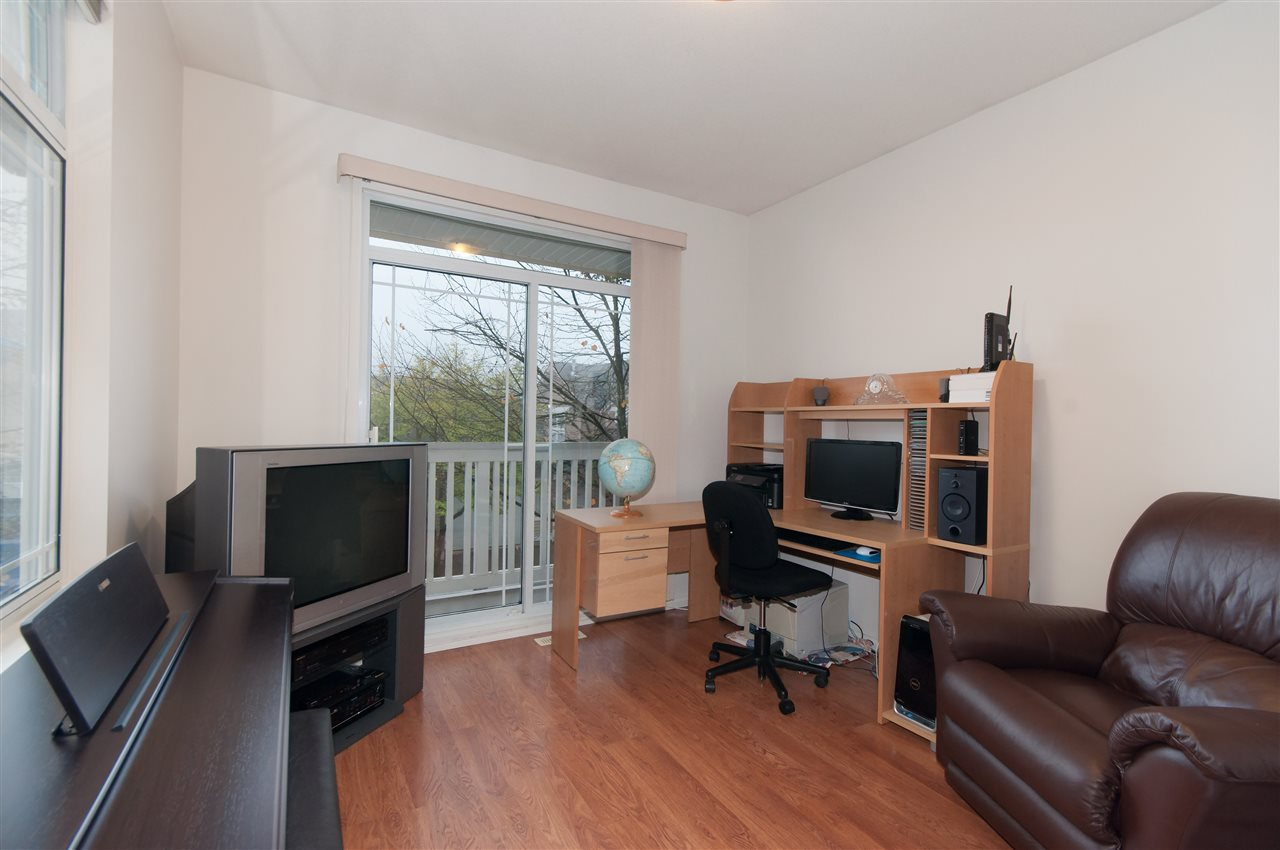 "Photo 9: 10 1506 EAGLE MOUNTAIN Drive in Coquitlam: Westwood Plateau Townhouse for sale in ""RIVER ROCK"" : MLS® # R2115721"
