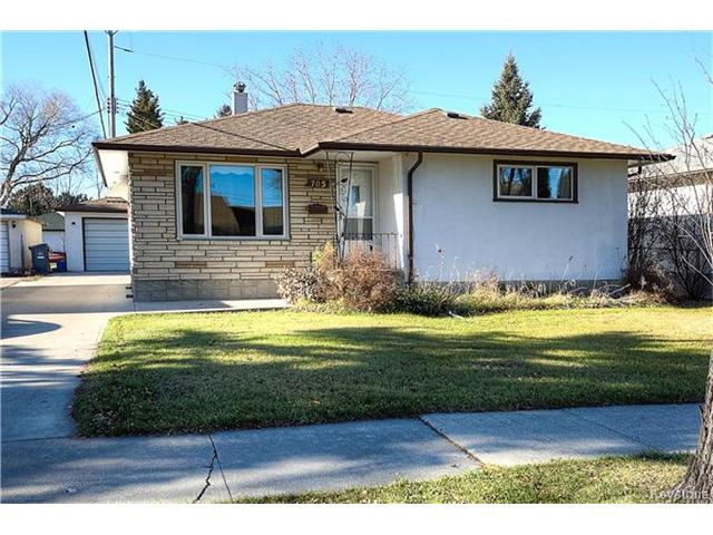 Main Photo: 705 Brewster Street in Winnipeg: West Transcona Residential for sale (3L)  : MLS®# 1629554