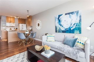 "Main Photo: 3401 909 MAINLAND Street in Vancouver: Yaletown Condo for sale in ""YALETOWN PARK"" (Vancouver West)  : MLS® # R2126957"
