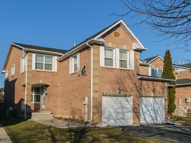 Main Photo: 32 Ritva Court in Richmond Hill: North Richvale House (2-Storey) for sale : MLS(r) # N3717833