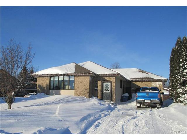 Main Photo: 68 Tulip Crescent in Dauphin: R30 Residential for sale (R30 - Dauphin and Area)  : MLS® # 1704939