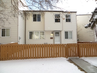 Main Photo: 6619 180 Street in Edmonton: Zone 20 Townhouse for sale : MLS(r) # E4055059