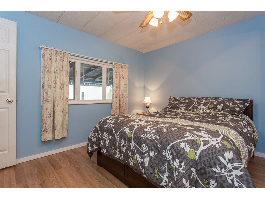 "Photo 12: 287 201 CAYER Street in Coquitlam: Maillardville Manufactured Home for sale in ""WILDWOOD MANUFACTURED HOME PARK"" : MLS® # R2147510"