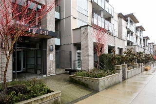 "Main Photo: 208 85 EIGHTH Avenue in New Westminster: GlenBrooke North Condo for sale in ""Eightwest"" : MLS(r) # R2147835"