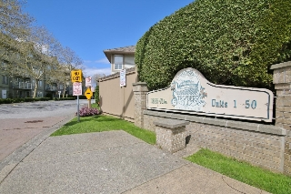 "Main Photo: 18 12165 75 Avenue in Surrey: West Newton Townhouse for sale in ""STRAWBERRY HILL ESTATES III"" : MLS(r) # R2161777"