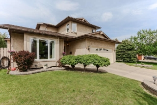 Main Photo: 10 GREENBRIAR Crescent: Sherwood Park House for sale : MLS(r) # E4066860