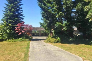 Main Photo: 2719 CRESCENT Drive in Surrey: Crescent Bch Ocean Pk. House for sale (South Surrey White Rock)  : MLS® # R2189599