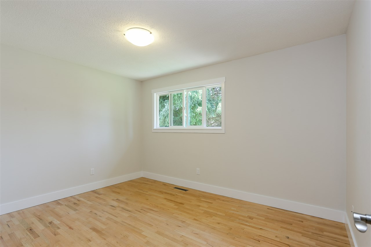 Photo 12: 1255 ELLIS DRIVE in Port Coquitlam: Birchland Manor House for sale : MLS® # R2189335
