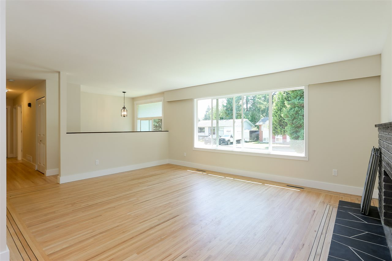 Photo 5: 1255 ELLIS DRIVE in Port Coquitlam: Birchland Manor House for sale : MLS® # R2189335