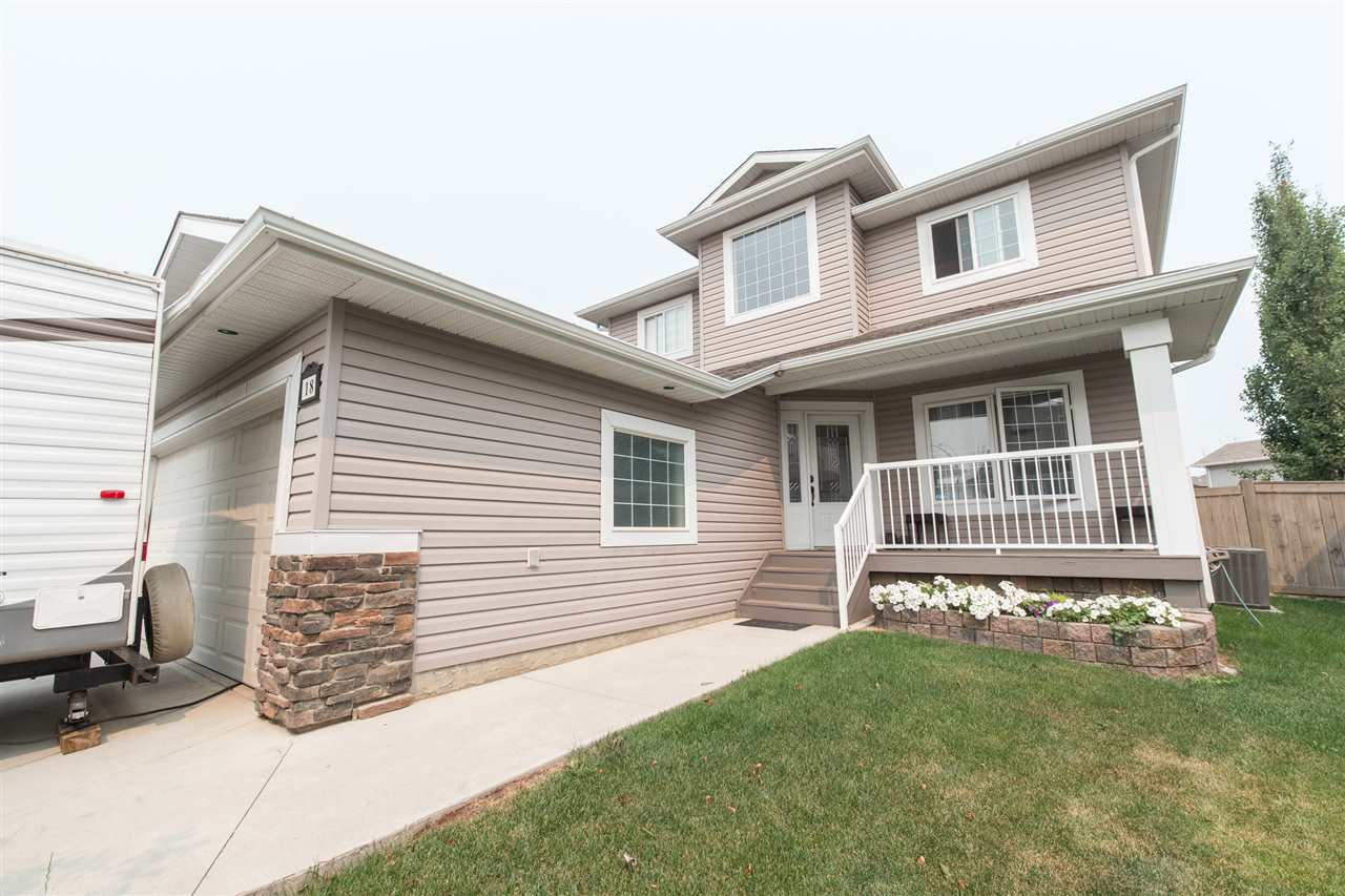 Main Photo: 18 Danfield Court: Spruce Grove House for sale : MLS® # E4077994