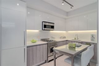 "Main Photo: 201 4900 LENNOX Lane in Burnaby: Metrotown Condo for sale in ""PARK METROTOWN"" (Burnaby South)  : MLS® # R2223642"
