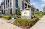 Main Photo: 2428 2 Eva Road in Toronto: Etobicoke West Mall Condo for sale (Toronto W08)  : MLS® # W4021773