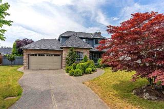Main Photo: 18860 63A Avenue in Surrey: Cloverdale BC House for sale (Cloverdale)  : MLS®# R2296477