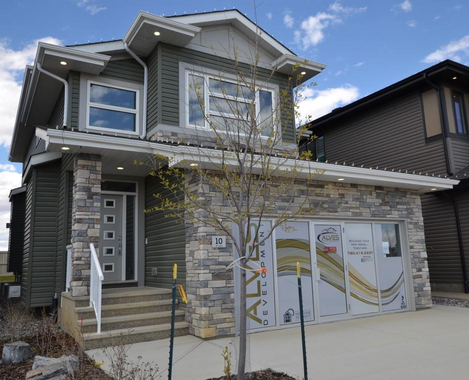 FEATURED LISTING: 10 EDISON Drive St. Albert