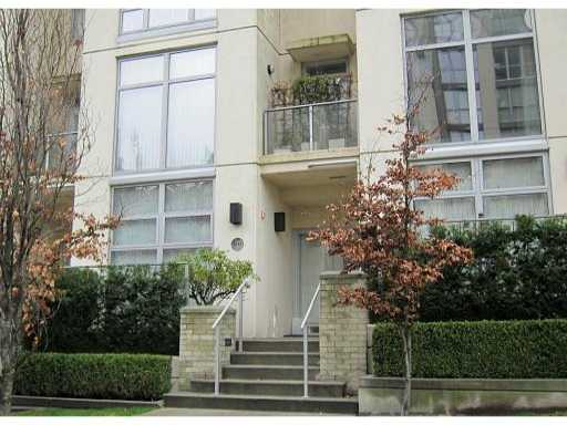 "Main Photo: 1231 RICHARDS Street in Vancouver: Downtown VW Townhouse for sale in ""EDEN"" (Vancouver West)  : MLS® # V870101"