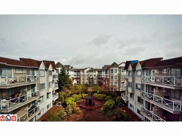 "Main Photo: 509 12101 80 Avenue in Surrey: Queen Mary Park Surrey Condo for sale in ""SURREY TOWN MANOR"" : MLS® # F1109543"