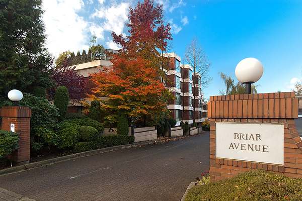 Main Photo: 202 2140 BRIAR Avenue in Vancouver: Quilchena Condo for sale (Vancouver West)  : MLS(r) # V1047888