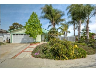 Main Photo: MIRA MESA House for sale : 4 bedrooms : 11365 Osoyoos Place in San Diego