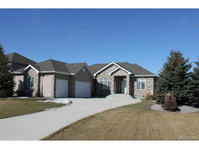 Main Photo: 20 GLENWOOD Way in ESTPAUL: Birdshill Area Residential for sale (North East Winnipeg)  : MLS® # 1505614