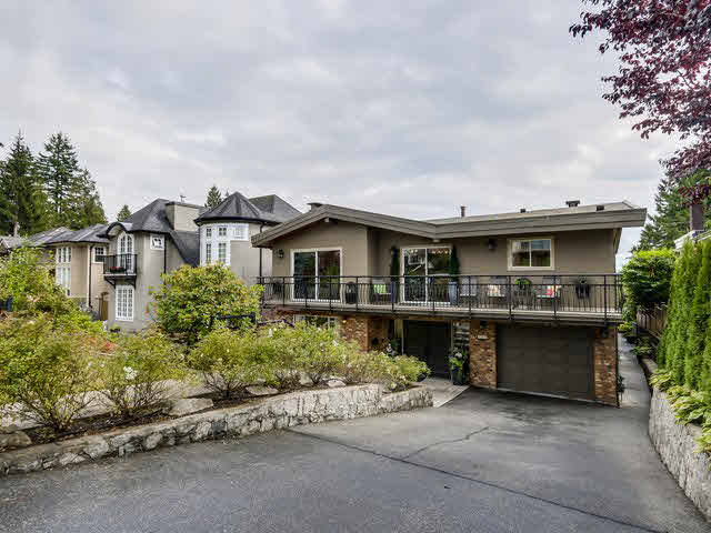 Main Photo: 515 E 18TH Street in NORTH VANC: Boulevard House for sale (North Vancouver)  : MLS® # V1142603