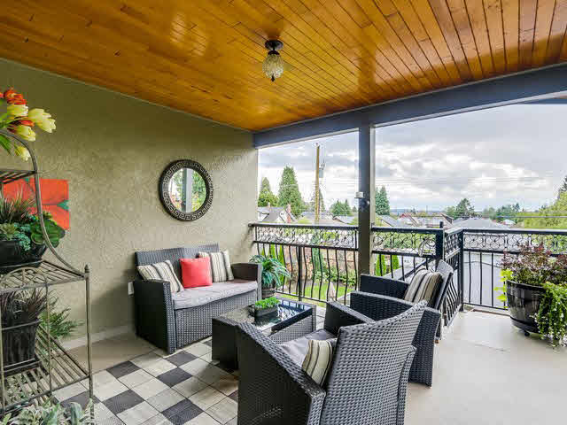 Photo 17: Photos: 515 E 18TH Street in NORTH VANC: Boulevard House for sale (North Vancouver)  : MLS®# V1142603