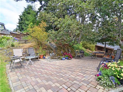 Photo 16: 251 Heddle Avenue in VICTORIA: VR View Royal Single Family Detached for sale (View Royal)  : MLS® # 358451
