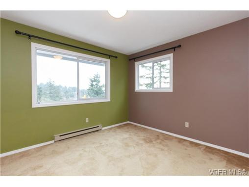 Photo 10: 251 Heddle Avenue in VICTORIA: VR View Royal Single Family Detached for sale (View Royal)  : MLS® # 358451