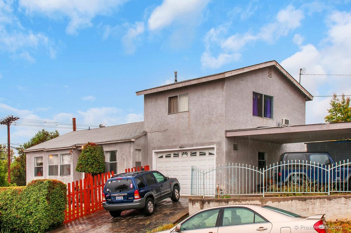 Main Photo: LA MESA House for sale : 4 bedrooms : 4170 Massachusetts Ave.
