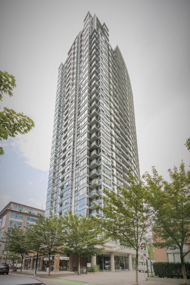 "Main Photo: 1203 928 BEATTY Street in Vancouver: Yaletown Condo for sale in ""THE MAX"" (Vancouver West)  : MLS® # R2096043"