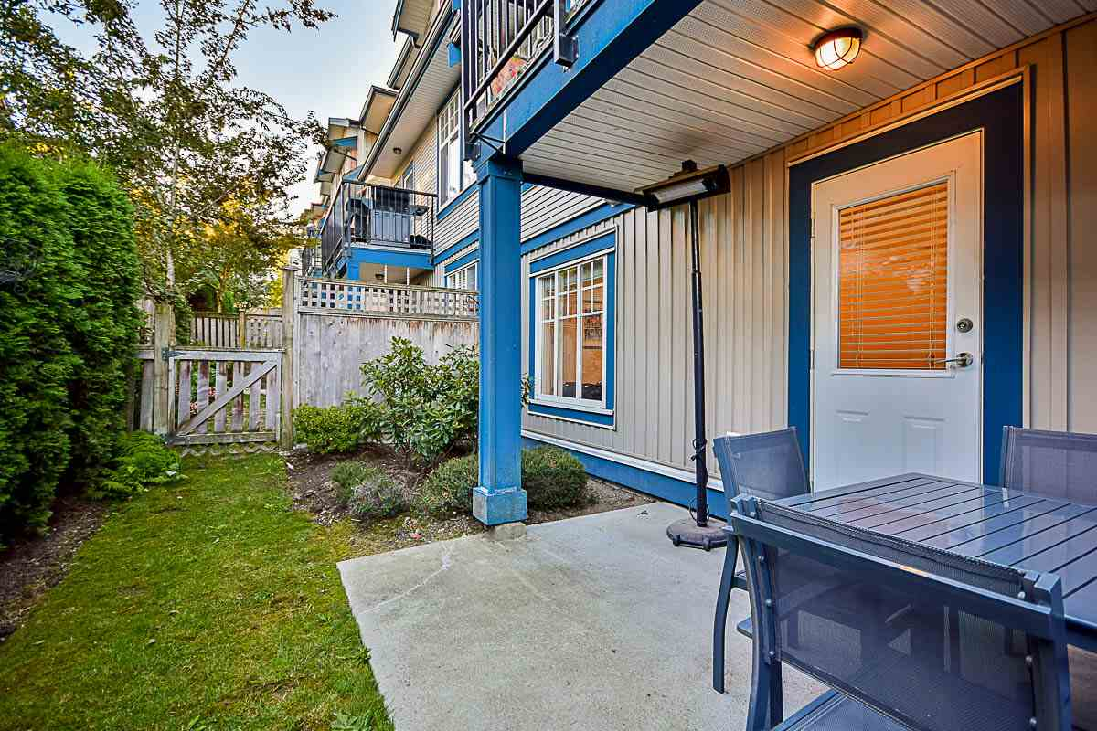 "Photo 17: 30 14462 61A Avenue in Surrey: Sullivan Station Townhouse for sale in ""Ravina"" : MLS® # R2108043"