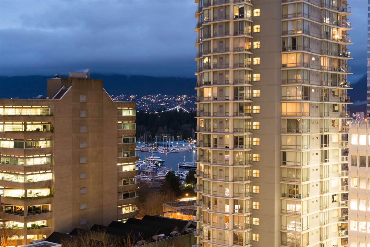"Photo 12: 901 1189 MELVILLE Street in Vancouver: Coal Harbour Condo for sale in ""COAL HARBOUR"" (Vancouver West)  : MLS(r) # R2125909"