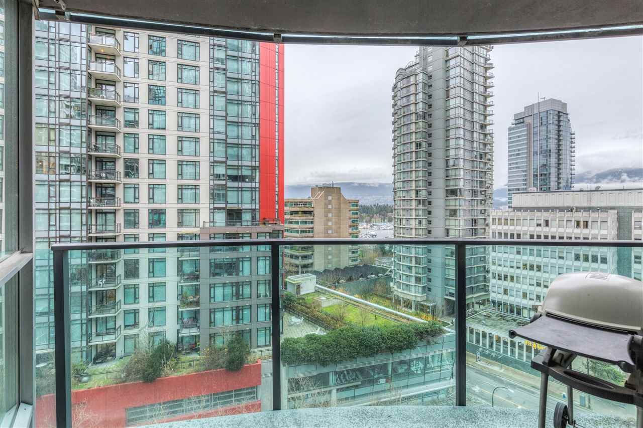 "Photo 11: 901 1189 MELVILLE Street in Vancouver: Coal Harbour Condo for sale in ""COAL HARBOUR"" (Vancouver West)  : MLS(r) # R2125909"