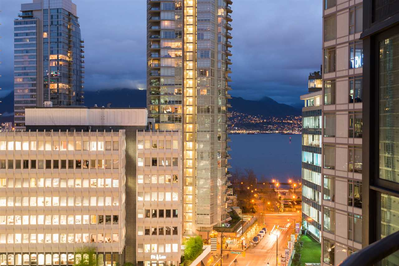 "Photo 17: 901 1189 MELVILLE Street in Vancouver: Coal Harbour Condo for sale in ""COAL HARBOUR"" (Vancouver West)  : MLS(r) # R2125909"