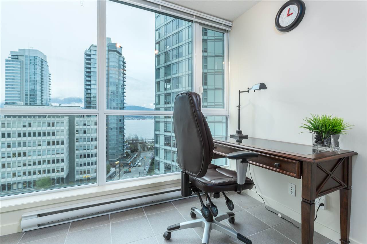 "Photo 13: 901 1189 MELVILLE Street in Vancouver: Coal Harbour Condo for sale in ""COAL HARBOUR"" (Vancouver West)  : MLS(r) # R2125909"