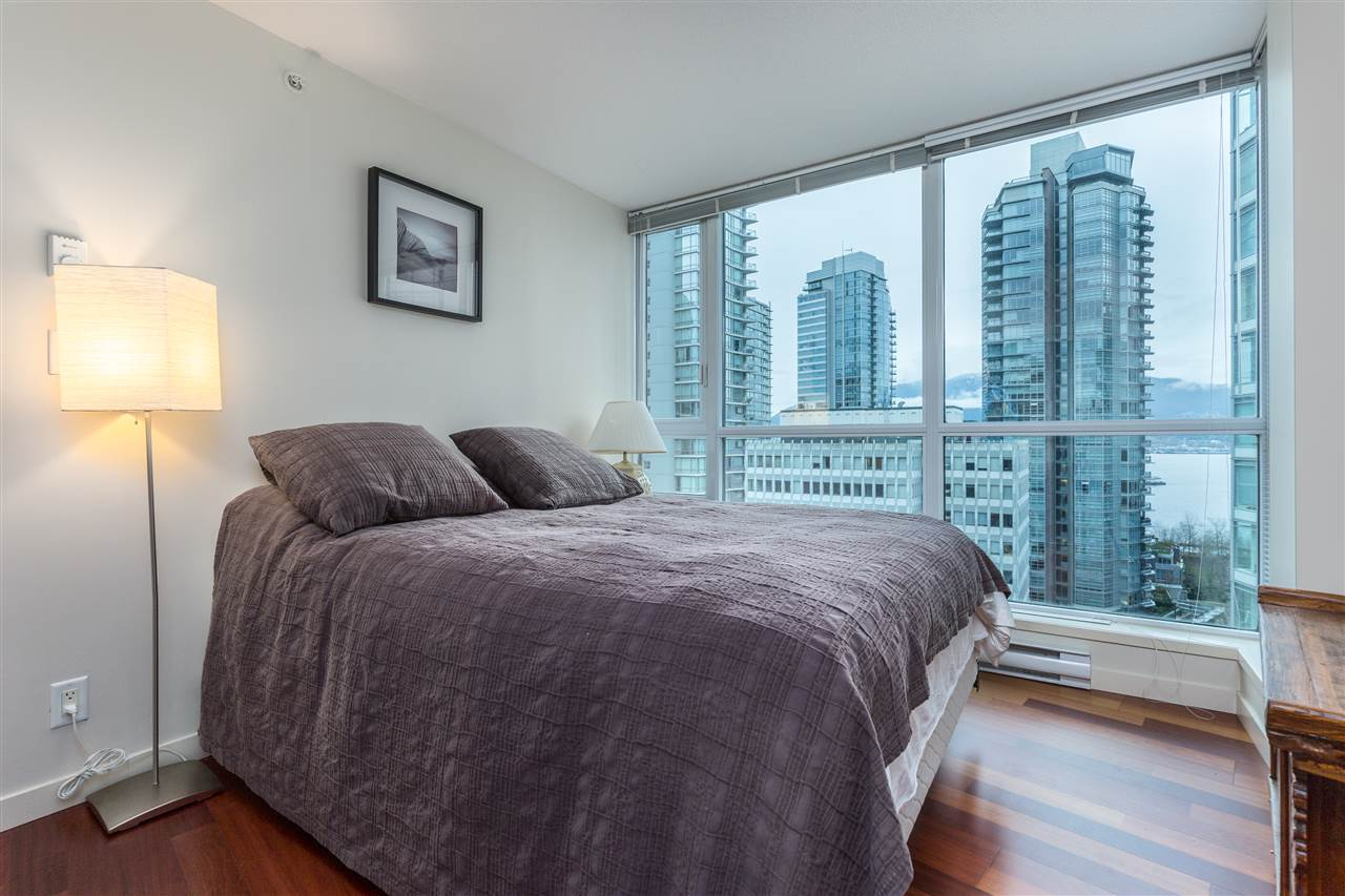 "Photo 9: 901 1189 MELVILLE Street in Vancouver: Coal Harbour Condo for sale in ""COAL HARBOUR"" (Vancouver West)  : MLS(r) # R2125909"