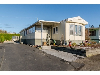 "Main Photo: 220 27111 0 Avenue in Langley: Aldergrove Langley Manufactured Home for sale in ""Pioneer Park"" : MLS(r) # R2126077"