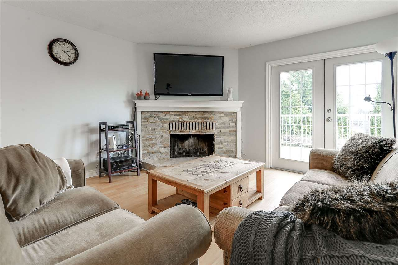 Photo 3: 2785 OXTOBY Place in Coquitlam: Ranch Park House for sale : MLS® # R2147191
