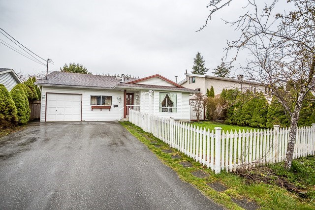 Main Photo: 20147 HAMPTON Street in Maple Ridge: Southwest Maple Ridge House for sale : MLS® # R2149870