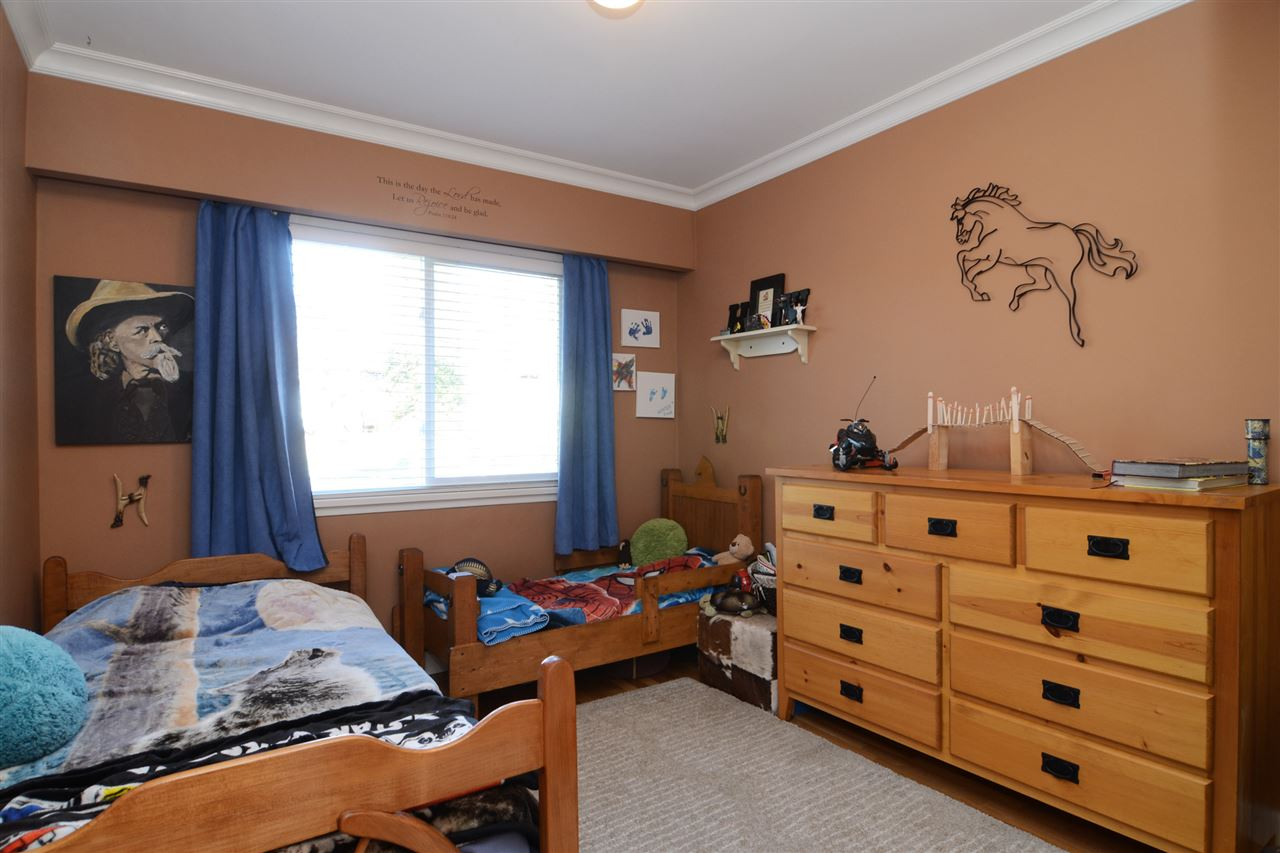 "Photo 13: 4672 ALPHA Drive in Burnaby: Brentwood Park House for sale in ""BRENTWOOD PARK"" (Burnaby North)  : MLS(r) # R2162426"