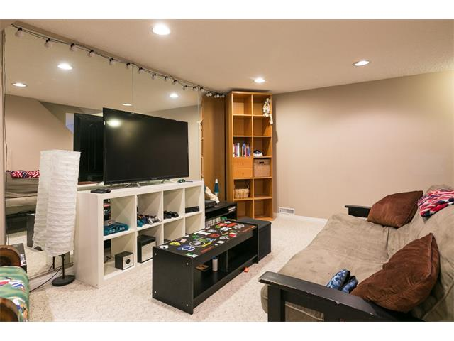 Photo 35: 2043 PALISPRIOR Road SW in Calgary: Palliser House for sale : MLS(r) # C4113713